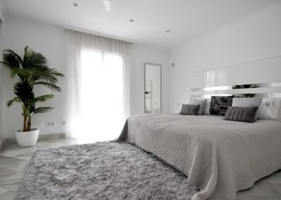 medium palm bedroom marbella artificial plants
